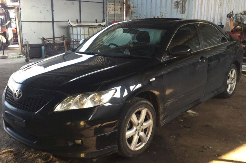 toyrolla_spares-6- toyota-camry-sportivo-2004